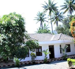Hotel Good Earth Kasipuram Homestay