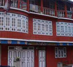 Hotel Tip Top Gujarati Guest House