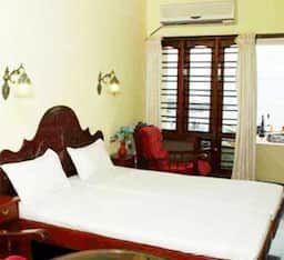 Hotel TG Stays Light House beach