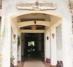Hotel Green Woods Resort