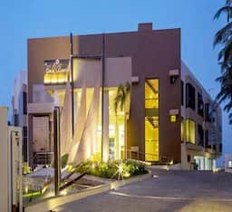 Hotel The Gold Beach Resort