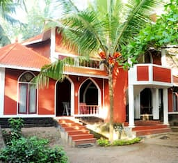 Hotel Holiday Home Resort