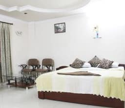 Hotel V Care Service Appartments