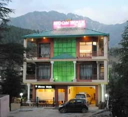 Hotel Moon Walk Residency, Mcleodganj