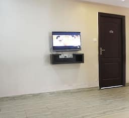 Hotel Bommarillu Residency