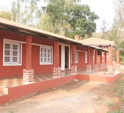 Hotel Shivgiri Trails Home Stay