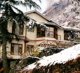 Hotel The Pine Palace