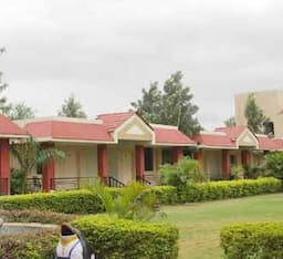 Hotel Treebo Pushpak Resort