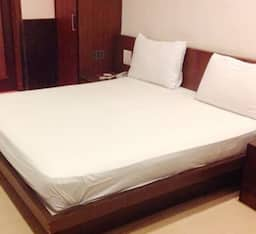 Hotel Awesome, Meerut