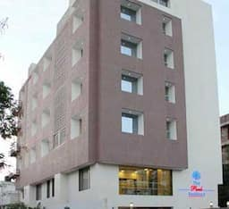Hotel The Park Residency