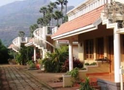 Hotel Srishty Garden Resorts