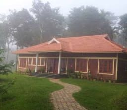 Hotel Blooms Green Farms