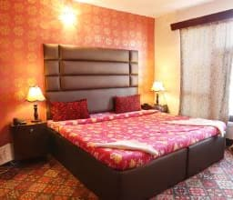Hotel TG Rooms Raj Bagh- Zero Bridge