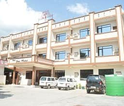 Hotel TG Stays Railway Road 1