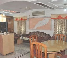 Hotel Bhatla Home Resort