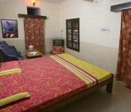 Hotel TG Stays Kutchery Road