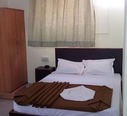 Hotel Peace Residency