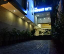 Hotel The Mount City