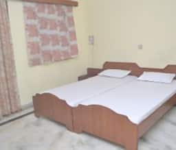 Hotel Welcome Guest House, Faridabad