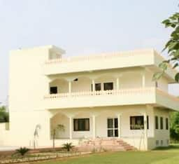 Hotel Jungle Retreat