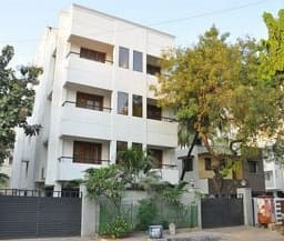 Hotel Phoenix Serviced Apartments