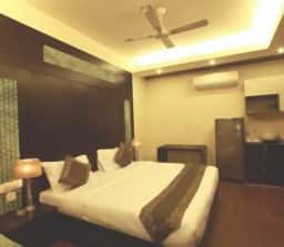 Hotel TG Stays Sector 61