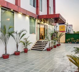 Hotel Treebo Corporate Suites