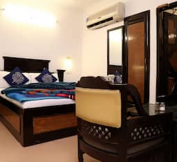 Hotel City Heart - 18, Chandigarh