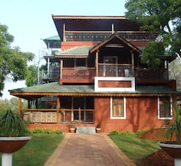 Hotel Red Castle Farms