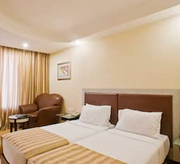 Hotel Super Saver 3 Star Near US Consulate