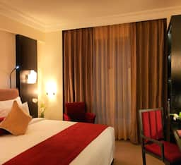Hotel Super Saver 5 Star Old Airport Road