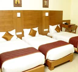 Hotel Super Saver 3 Star Bannimantap