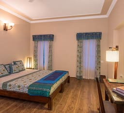 Hotel Zade Mount View