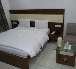 Hotel Sach Regency, Anand