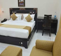 Club Deluxe Double Room