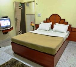 Deluxe Room Single Non AC