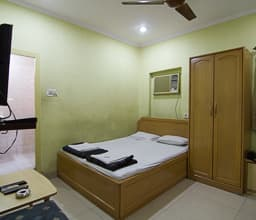 Standard Triple Room (Non Ac)