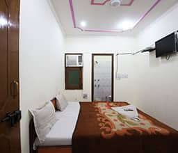 Deluxe Double Room With Airportdrop