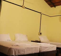 Double Bed (Kerala Tiled Roof)