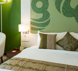 Winter Green Double Room