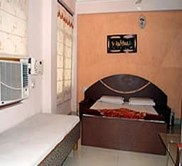 Deluxe A/C Room