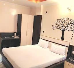 Royal Standard Double Room