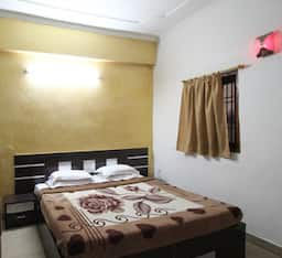 Double bed AC Room