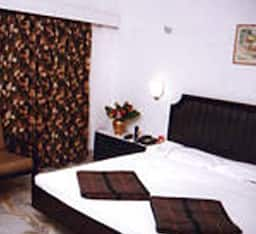EXecutive Suite - Double Occupancy