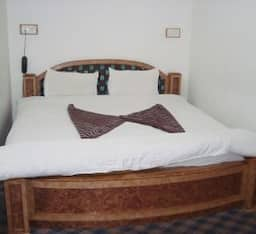 Double Bed Room - Room Only
