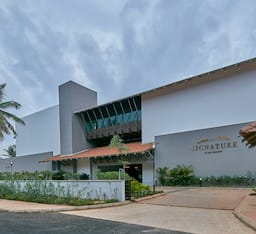 Hotel Signature Club Resort