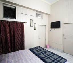 Hotel Tourist Guest House