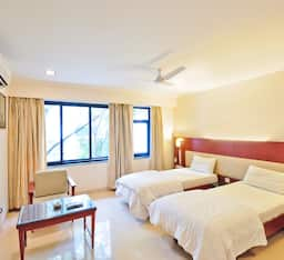 Hotel Two Star Super Saver in Kalyani Nagar