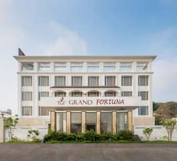 Hotel TGI Grand Fortuna