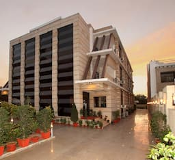 Hotel The Claire, Gurgaon
